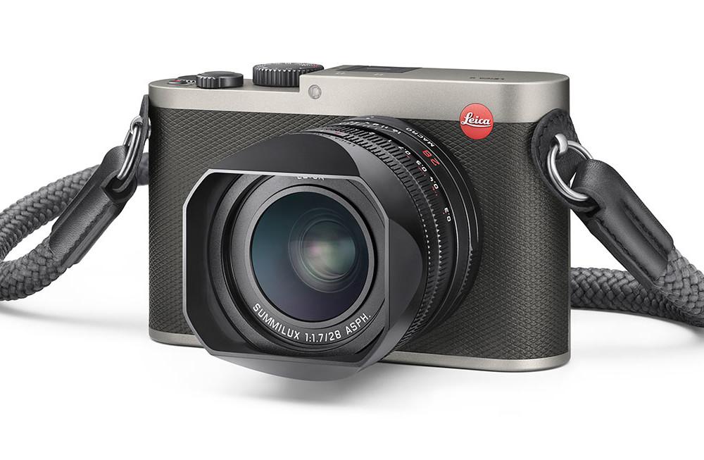 leica-q-titanium-gray-camera-1