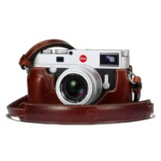 24021_18764_Leica_M10_vintage_brown_RGB_1024x1024