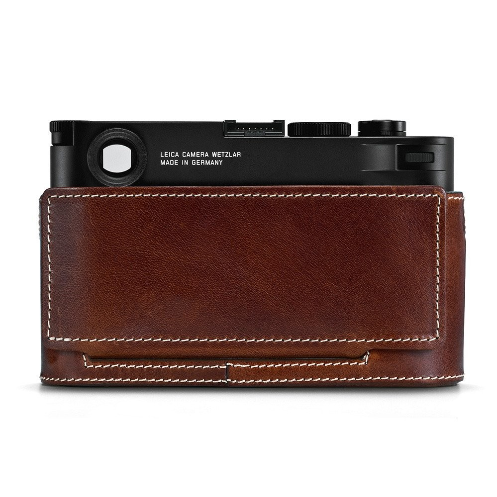 24021_Leica_M10_Protector_vintage_brown_back_closed_RGB_1024x1024